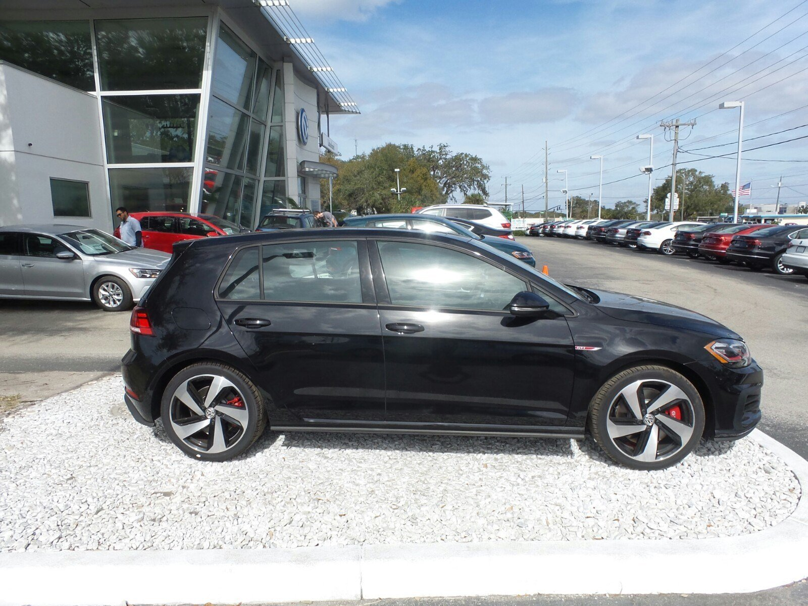 New 2018 Volkswagen Golf GTI 2 0T SE Hatchback in Lakeland JM