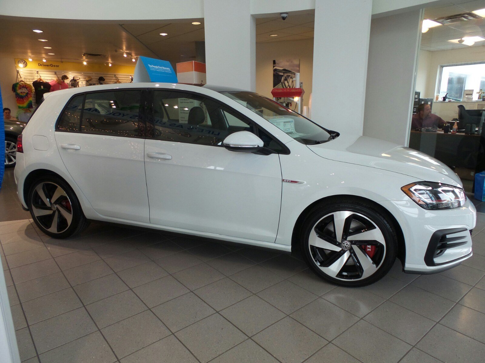 hatchback in s fwd volkswagen lakeland new tsi golf inventory