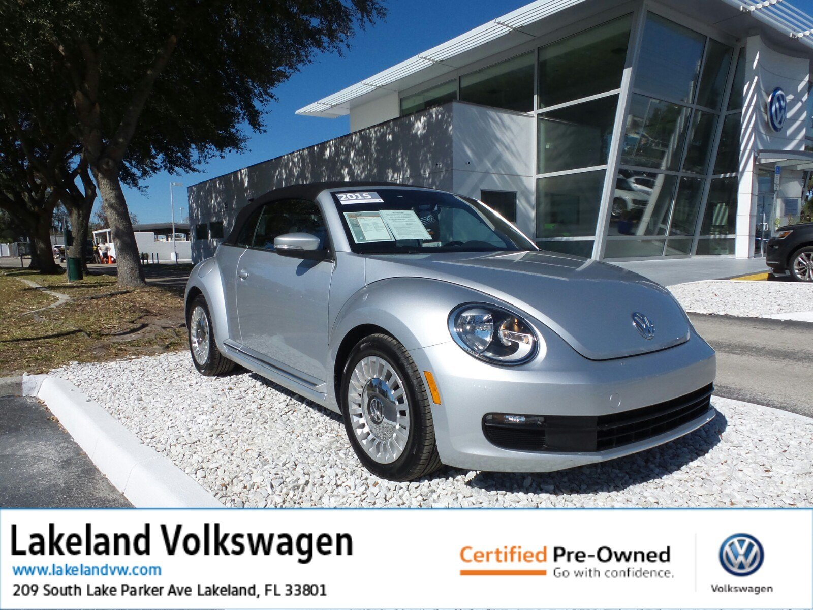 Certified Pre-Owned 2015 Volkswagen Beetle Convertible 1.8T w/Tech