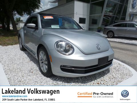 Certified Pre-Owned 2013 Volkswagen Beetle Coupe 2.0L TDI w/Sun/Sound/Nav