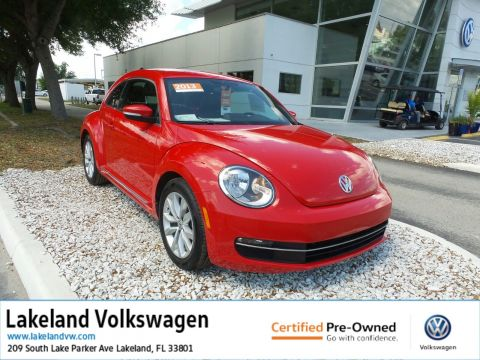 Certified Pre-Owned 2013 Volkswagen Beetle Coupe 2.0L TDI